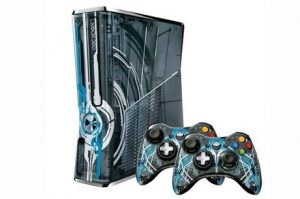 6. Xbox 360 Limited Edition Halo 4 Bundle