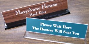 Best Desk Nameplates Review in 2020